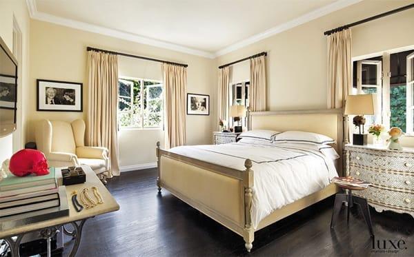 Ask A Decorator Choosing A Wall Color For Dark Wood Floors Megan Morris