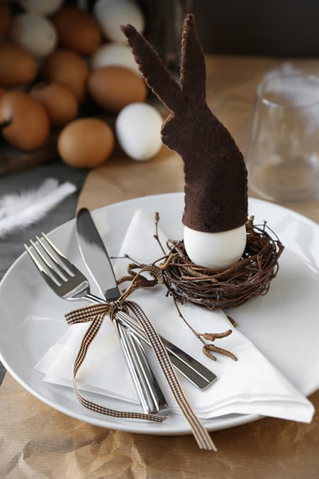 Festive Ideas for Easter Table Settings   HomeandEventStyling.com