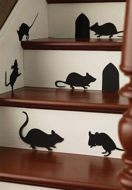 10 halloween staircase decorating ideas megan morris - Caras de brujas ...