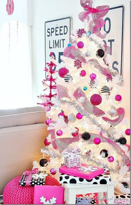 creative ideas for christmas tree decor homeandeventstylingcom - White Christmas Tree Ideas