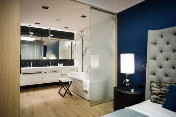 Master Suites with Open Bathrooms | HomeandEventStyling.com