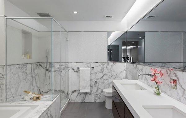 Home tour paris hilton 39 s modern manhattan penthouse for Megan u bathroom tour
