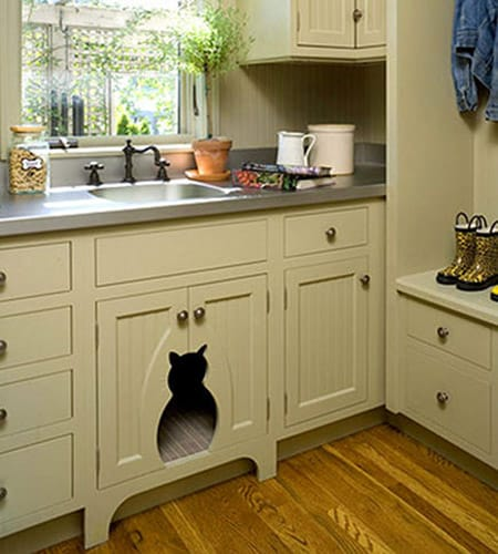10 Stylish Pet Beds: Who Really is the King of Your Castle? | HomeandEventStyling.com