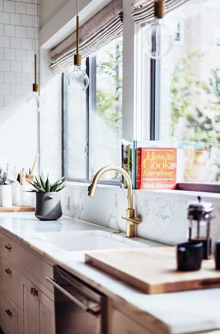 10 Ways to Freshen Up Your Home for Spring | HomeandEventStyling.com