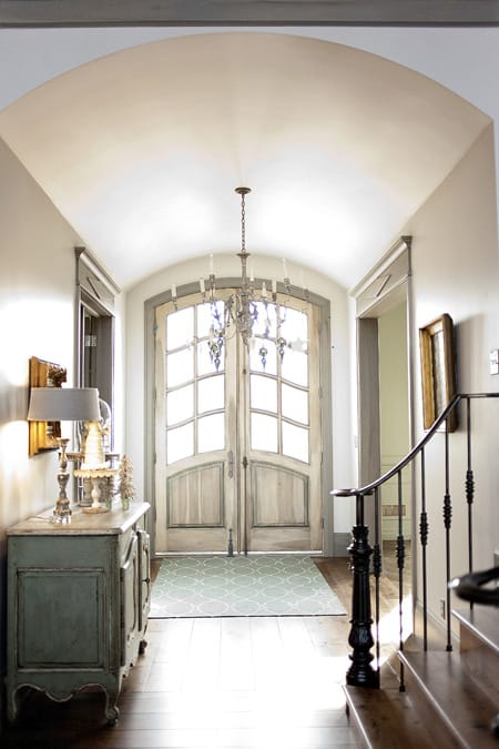 10 Unique and Inspiring Front Doors | HomeandEventStyling.com