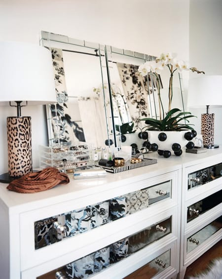 The Chic Vintage Look of Mirrored Furniture | HomeandEventStyling.com