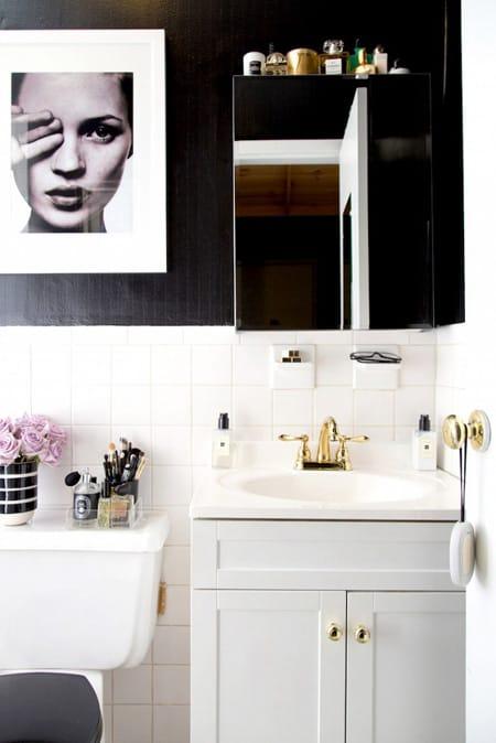 Diy bathroom remodel ideas on a budget megan morris for Bathroom ideas rental