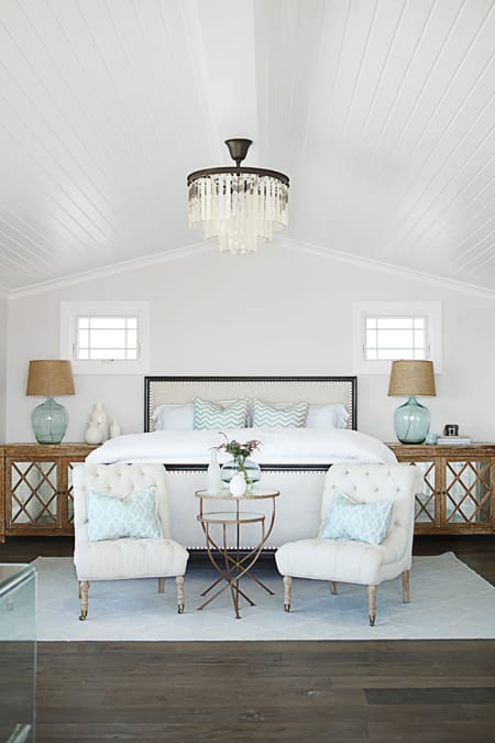 10 Ways to Style the Foot of the Bed   HomeandEventStyling.com