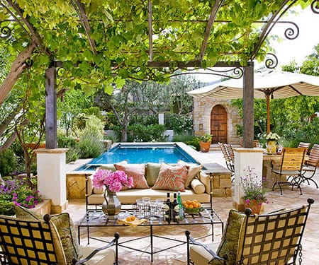 Decorating with Vines for a Charming Exterior | HomeandEventStyling.com