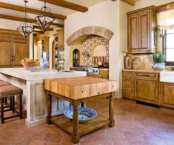 10 gorgeous tuscan kitchens megan morris - Tuscan style kitchen cabinets ...