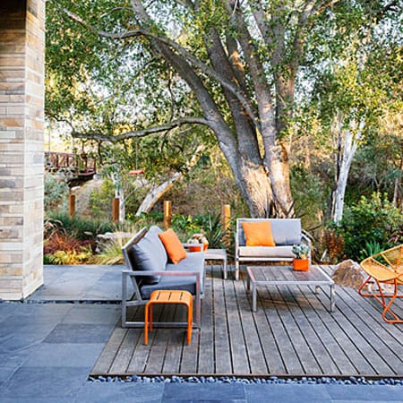 Bringing a Summer Flair to Your Patio with Orange | HomeandEventStyling.com