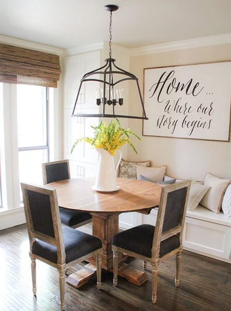 10 Chic Built-In Banquette Ideas | HomeandEventStyling.com