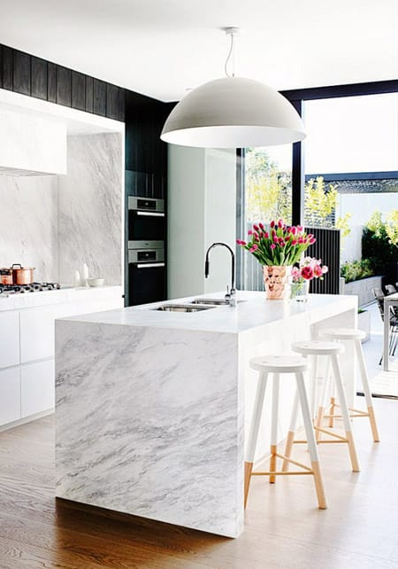 Choosing the Right Kitchen Bar Stools | HomeandEventStyling.com