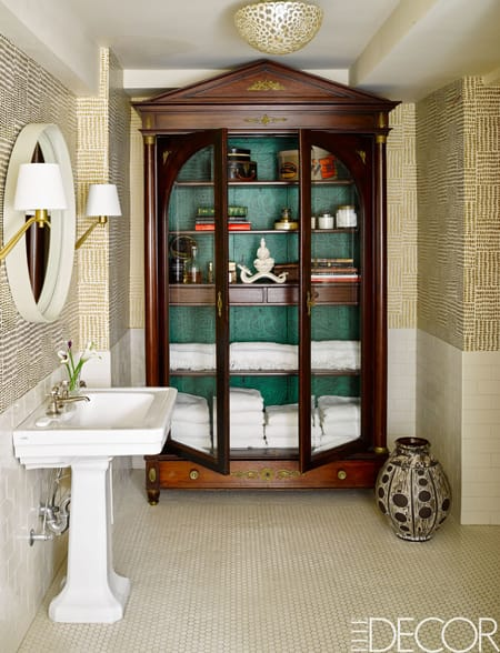 Increasing Storage & Style with a Bathroom Hutch | HomeandEventStyling.com