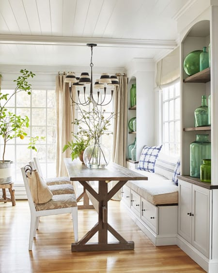10 Beautiful Built-In Bookcases   HomeandEventStyling.com