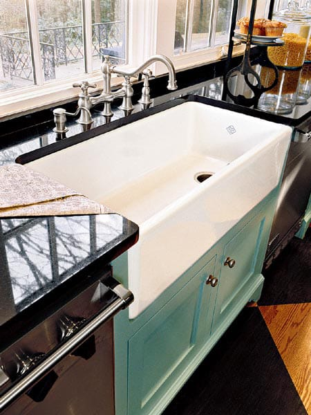10 Farm Sinks You're Going to Love | HomeandEventStyling.com