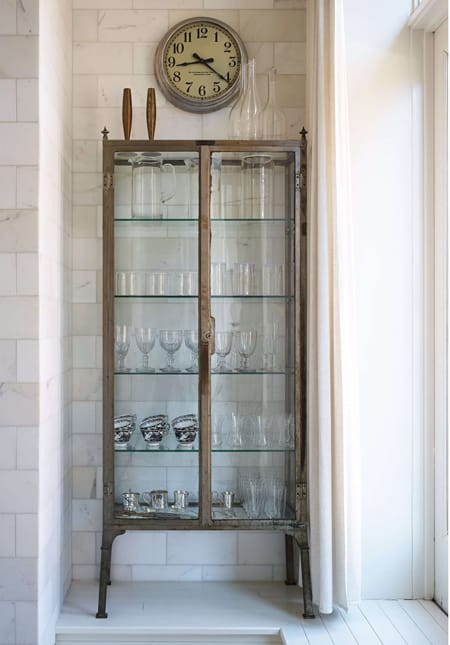Home Tour: Gwyneth Paltrow's Elegant NYC Apartment   HomeandEventStyling.com