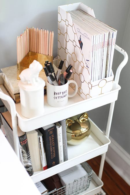 10 Dorm Room Organizing Ideas to Make Life Easier | HomeandEventStyling.com