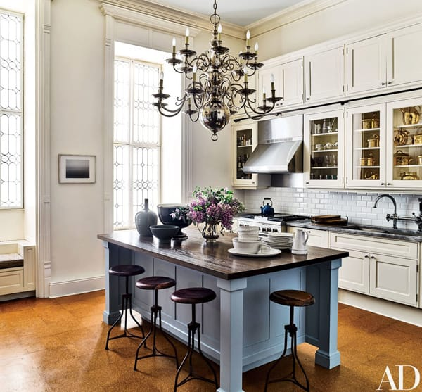 Home Tour: Jessica Chastain's Elegant NYC Apartment | HomeandEventStyling.com