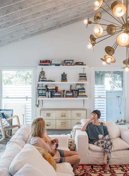 Home Tour: Lena Headey's Charming Abode | HomeandEventStyling.com