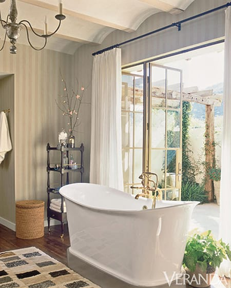 10 Bathrooms That Embrace the Outdoors | HomeandEventStyling.com