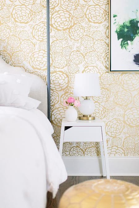 Metallic Wall Accents That Captivate | HomeandEventStyling.com