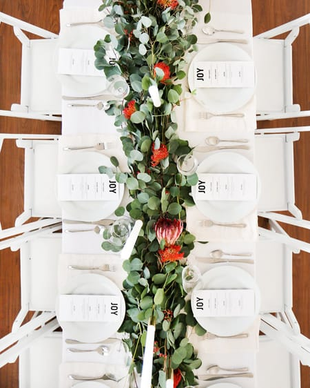 10 Stylish & Merry Christmas Tablescape Ideas | HomeandEventStyling.com
