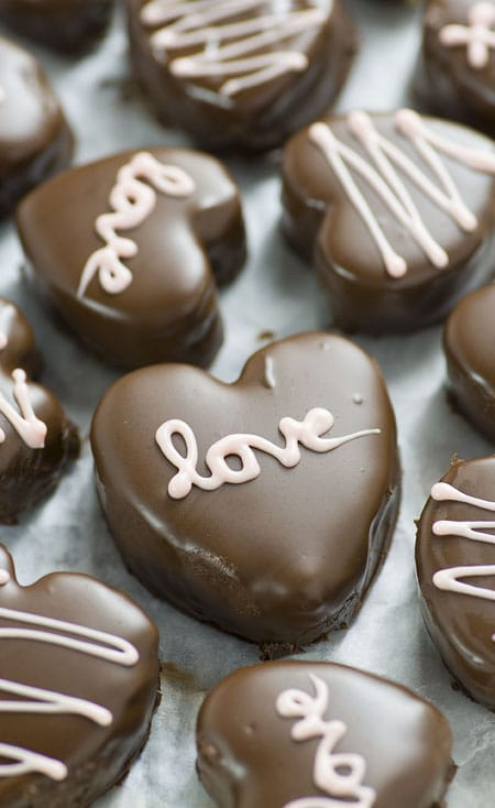 10 Sweet & Adorable DIY Valentine's Day Treats   HomeandEventStyling.com