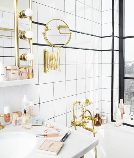 10 Glamorous Bathroom Ideas to Fall For | HomeandEventStyling.com