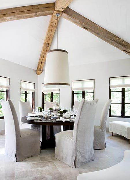 10 Chic Dining Rooms with White Slipcovers | HomeandEventStyling.com