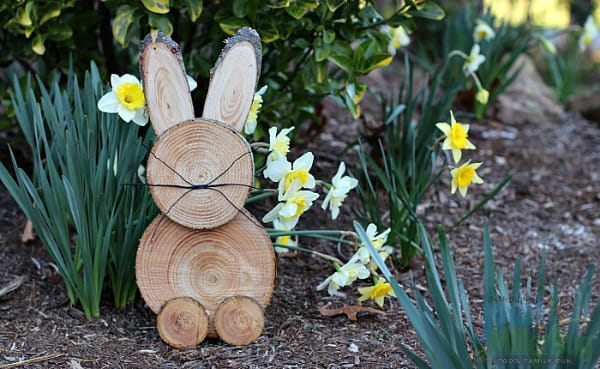 10 Charming Ideas for DIY Easter Decor | HomeandEventStyling.com