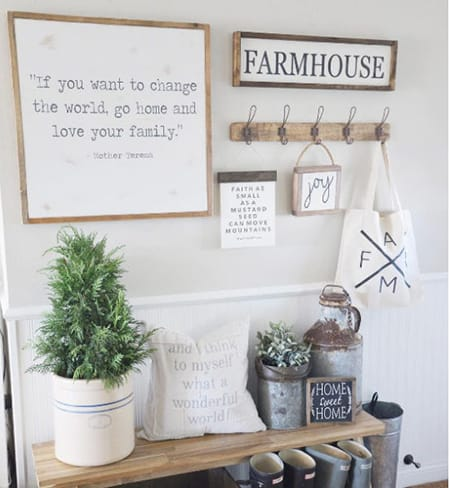 10 Charming Farmhouse Vignette Ideas | HomeandEventStyling.com
