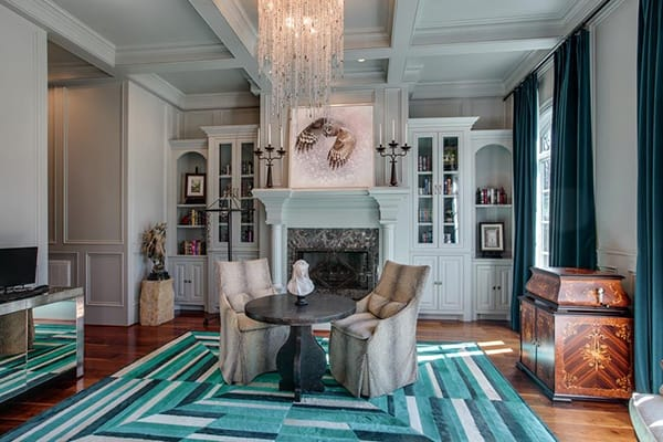 Home Tour: Kelly Clarkson's Rustic Nashville Manor | HomeandEventStyling.com