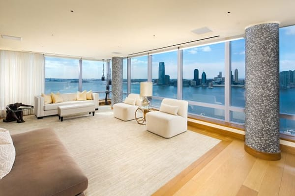 "Home Tour: Tyra Banks' ""Home in the Sky"" in Manhattan 