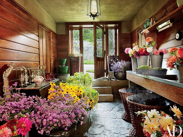 Home Tour: Martha Stewart's Cozy Maine Estate | HomeandEventStyling.com
