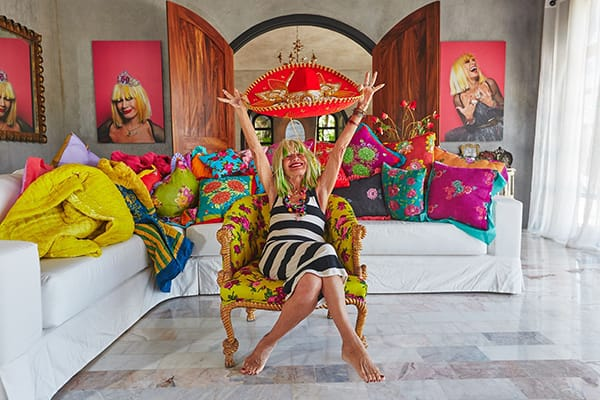 Home Tour: Betsey Johnson's Fun & Colorful Airbnb | HomeandEventStyling.com