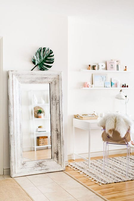 Decorating with Chic and Fabulous Floor Mirrors | HomeandEventStyling.com