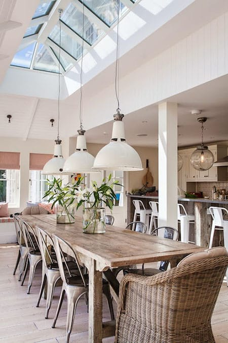 10 Chic Spaces with Pendant Lights   HomeandEventStyling.com
