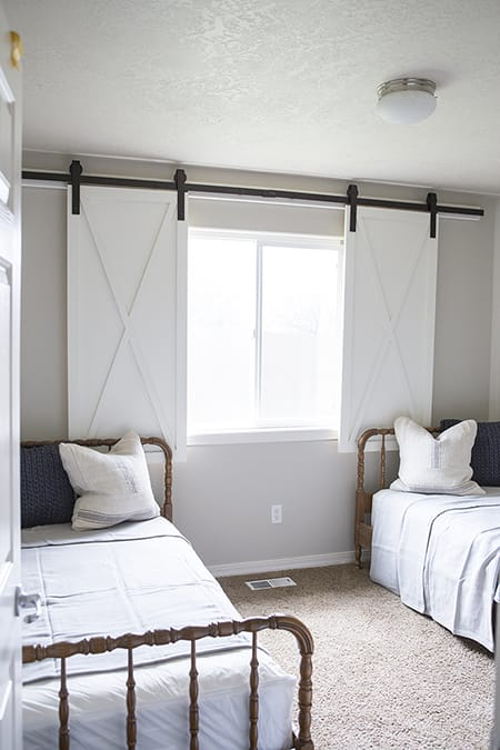 Capturing Creativity and Charm with Barn Door Decor | HomeandEventStyling.com
