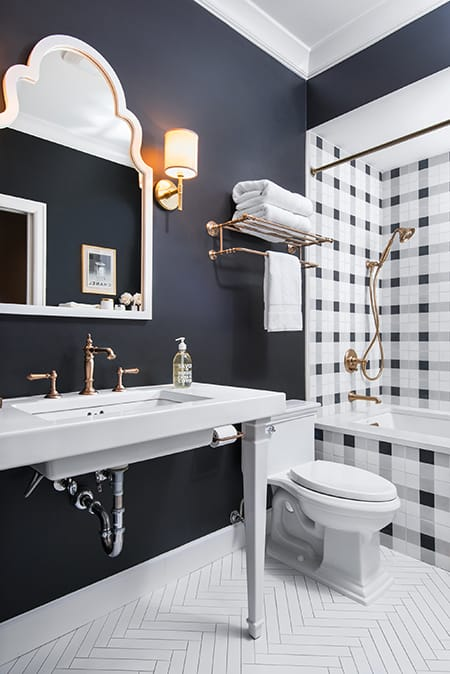 The Charming Look of Black and White Checker Decor | HomeandEventStyling.com