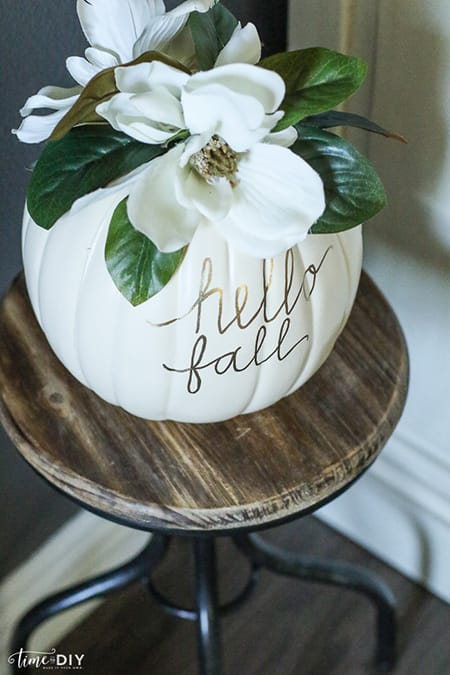 10 Wonderfully Chic Fall Decor Ideas | HomeandEventStyling.com