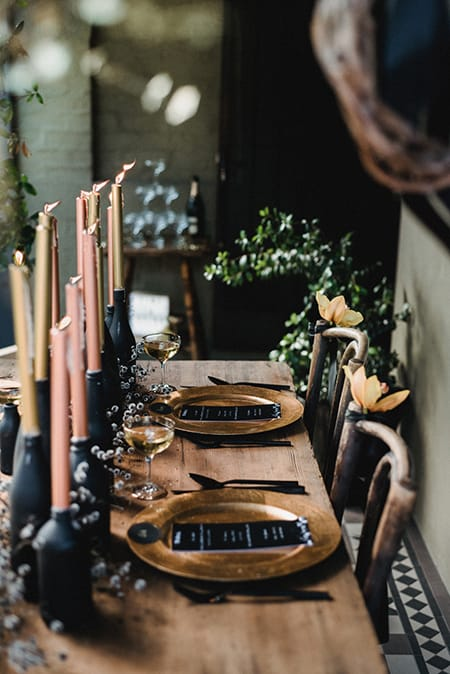 10 Delightfully Spooky Halloween Tablescape Ideas   HomeandEventStyling.com