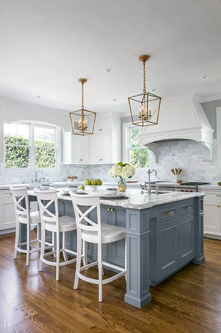 Bringing in a Pop of Color with a Colorful Kitchen Island | HomeandEventStyling.com