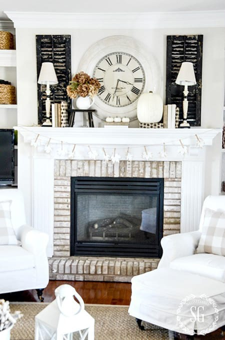 10 Fabulous Ideas for Fall Mantel Decor | HomeandEventStyling.com