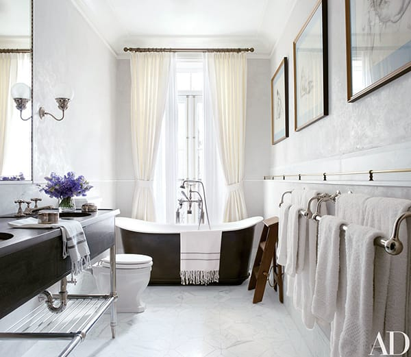 Home Tour: Brooke Shields' Elegant NYC Townhouse | HomeandEventStyling.com