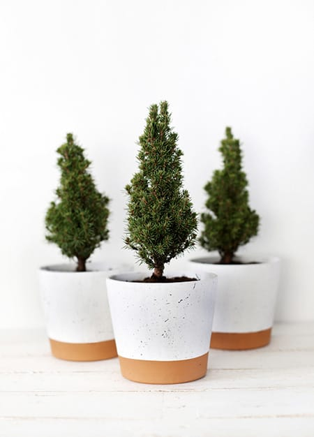 10 Charming and Fun Christmas DIY Ideas to Try This Year | HomeandEventStyling.com