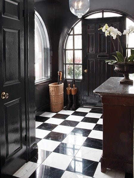 10 Black and White Entryways Making a Chic First Impression   HomeandEventStyling.com