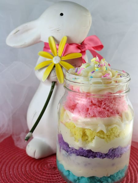 10 Fun DIY Easter Treats to Make with Your Family | HomeandEventStyling.com