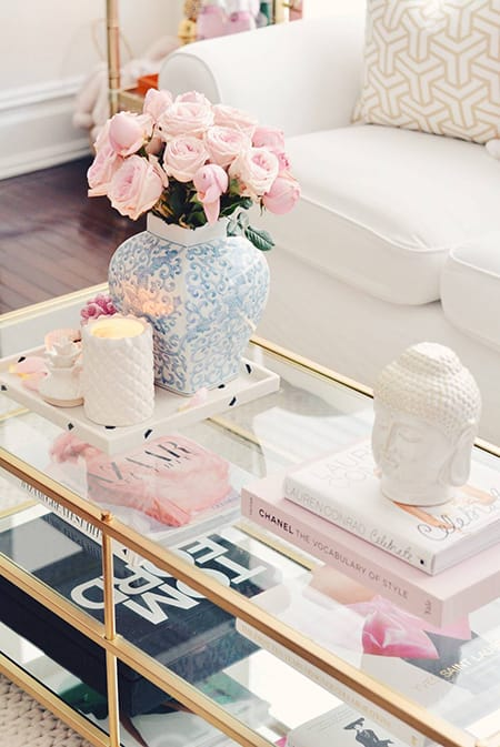 10 Feminine Vignette Ideas for a Chic Home | HomeandEventStyling.com