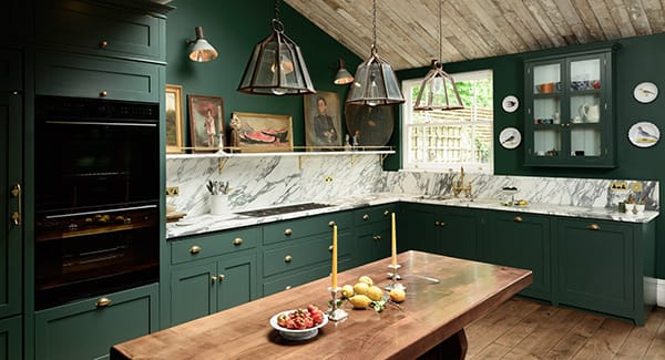 Inspiring Kitchens That Are Gorgeous in Green | HomeandEventStyling.com